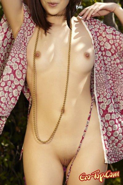 Cassie Laine - ванильная девушка - Эротика